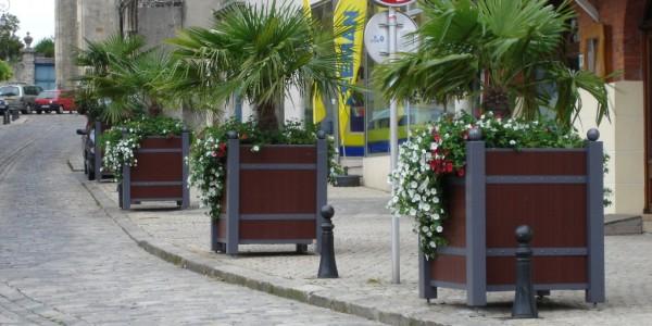 Bacs à fleurs en plastique recyclé